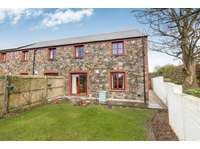 3 bedroom end of terrace house for sale in Helston, Cornwall TR12