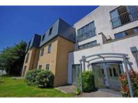 2 bedroom flat for sale in Radcliffe Road, Bolton