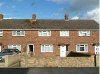 2 bedroom terraced house to rent in Langmead Place, Crewkerne
