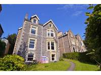 3 bedroom flat to rent in Just a stone's throw from Clevedon Sea Front