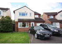 4 bedroom detached house to rent in Barrington Close, Taunton TA1