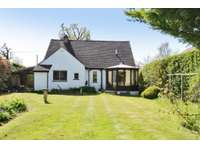 3 bedroom detached house to rent in West Horsley