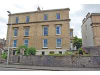 3 bedroom flat to rent in Overlooking the sea front in Clevedon