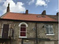 2 bedroom flat to rent in 16a Market Place, Pickering YO18 7AE