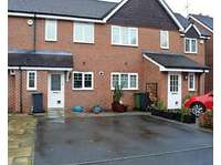 2 bedroom terraced house to rent in Bramley