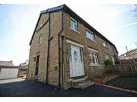 3 bedroom semi-detached house to rent in Westfield Terrace, Baildon