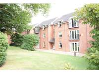 2 bedroom flat to rent in Romani Close, WARWICK
