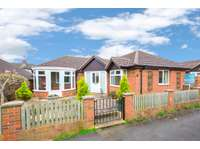 2 bedroom detached bungalow for sale in St Michaels Road, Kettering NN15
