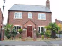 4 bedroom detached house to rent in Norlands Park, Widnes