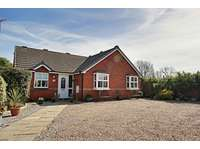 3 bedroom bungalow for sale in Hedon, Hull HU12