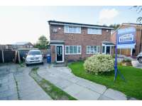 2 bedroom semi-detached house for sale in Wigan, WN6