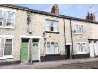 2 bedroom terraced house for sale in Moss Street, York