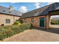 5 bedroom property to rent in Bewley Mews, Lacock