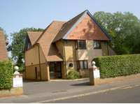 2 bedroom flat for sale in Davenant Court, Oxford OX2