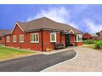 1 bedroom semi-detached bungalow to rent in Alvechurch, Birmingham B48