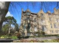 3 bedroom flat to rent in De Combe House, Crewkerne TA18