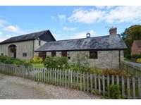 3 bedroom house to rent in Off St Marys Walk, Eardisland