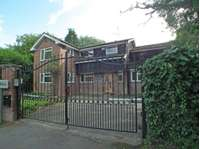 5 bedroom detached house to rent in RUSTHALL