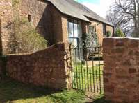 4 bedroom detached house to rent in Somerset, TA4