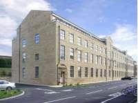 2 bedroom flat to rent in Crossflatts, Bingley