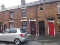 1 bedroom terraced house to rent in John Street, LL20