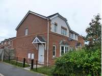 3 bedroom semi-detached house to rent in Hive Close, Stockton-On-Tees