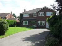 4 bedroom detached house to rent in Lincoln Road, East Markham