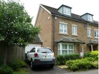 4 bedroom semi-detached house to rent in Cantium Place, Snodland
