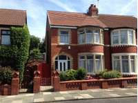 3 bedroom semi-detached house to rent in Blackpool, Lancashire