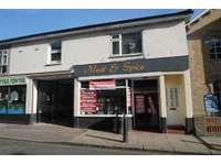 2 bedroom flat to rent in High Street, Maldon