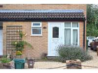 2 bedroom semi-detached house to rent in Carice Gardens, Clevedon