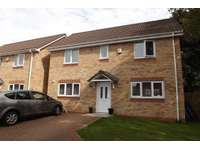 3 bedroom detached house to rent in Auckley, Doncaster DN9