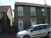 3 bedroom property to rent in Ystrad, Pentre