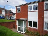 2 bedroom terraced house to rent in Stoke-On-Trent, Staffordshire ST1