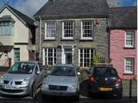 2 bedroom house to rent in Newcastle Emlyn, Carmarthenshire
