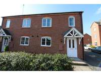 2 bedroom semi-detached house to rent in Alder Meadow, Warwick