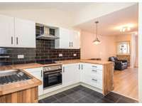 3 bedroom terraced house for sale in Lincoln Street, York YO26
