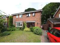 2 bedroom semi-detached house to rent in Worcestershire, B98