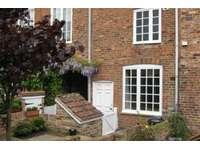 3 bedroom property to rent in Aldwark, York YO1