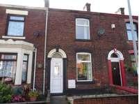 2 bedroom terraced house to rent in Stamford Road, Oldham OL4