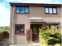 2 bedroom semi-detached house to rent in Heol Cwm Ifor, Caerphilly CF83