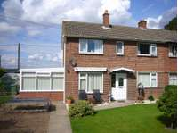 3 bedroom semi-detached house to rent in Turnham Lane Cliffe, Selby. YO8 6EB