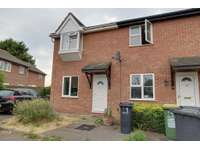 2 bedroom semi-detached house to rent in Havenside, Great Wakering