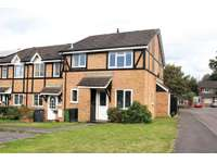 1 bedroom house to rent in Hampshire, RG26
