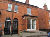 2 bedroom semi-detached house to rent in Sleaford,