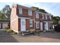 2 bedroom property for sale in Churwell, Leeds