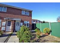 2 bedroom property to rent in Cul de sac position close to Clevedon town centre