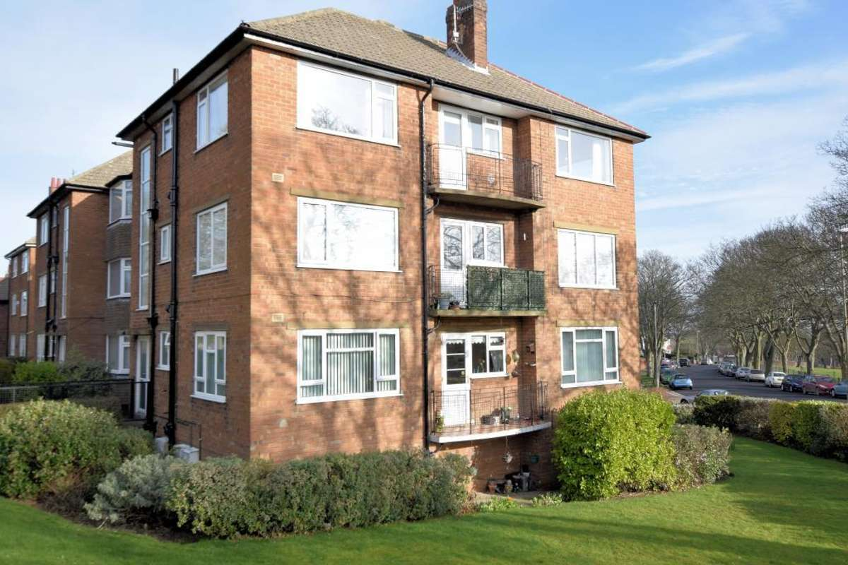 Flats for sale in Barrowcliffe   Placebuzz