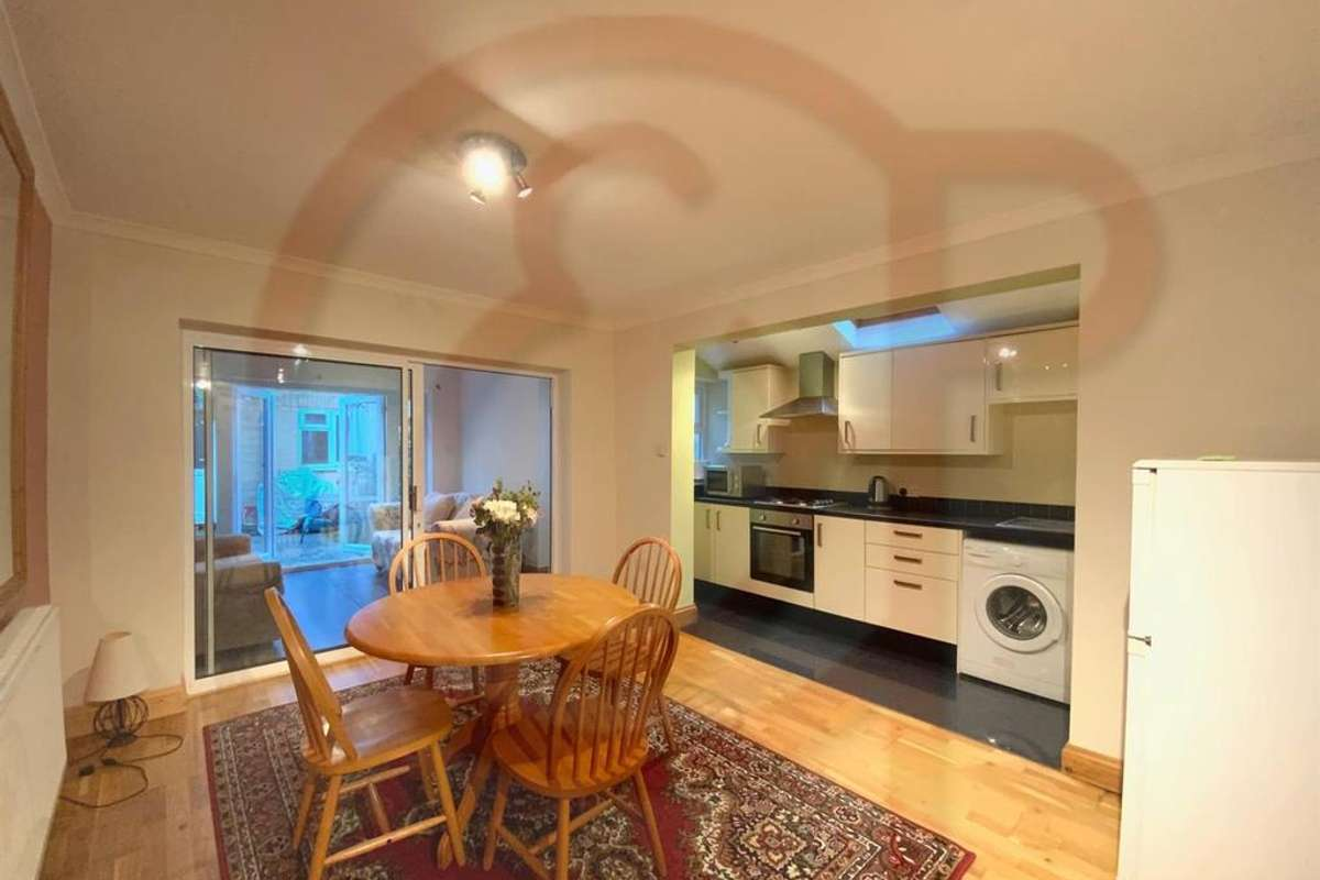 Property To Rent In Wilton Avenue Chiswick Houses And Flats