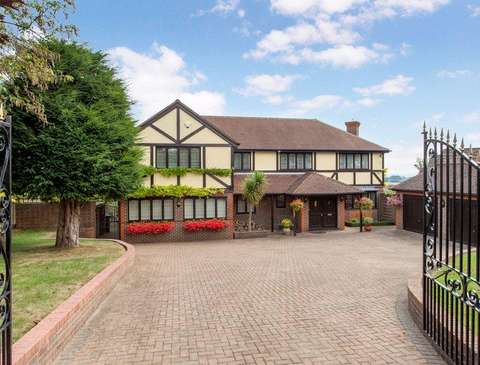 Property For Sale In Lower Woodend